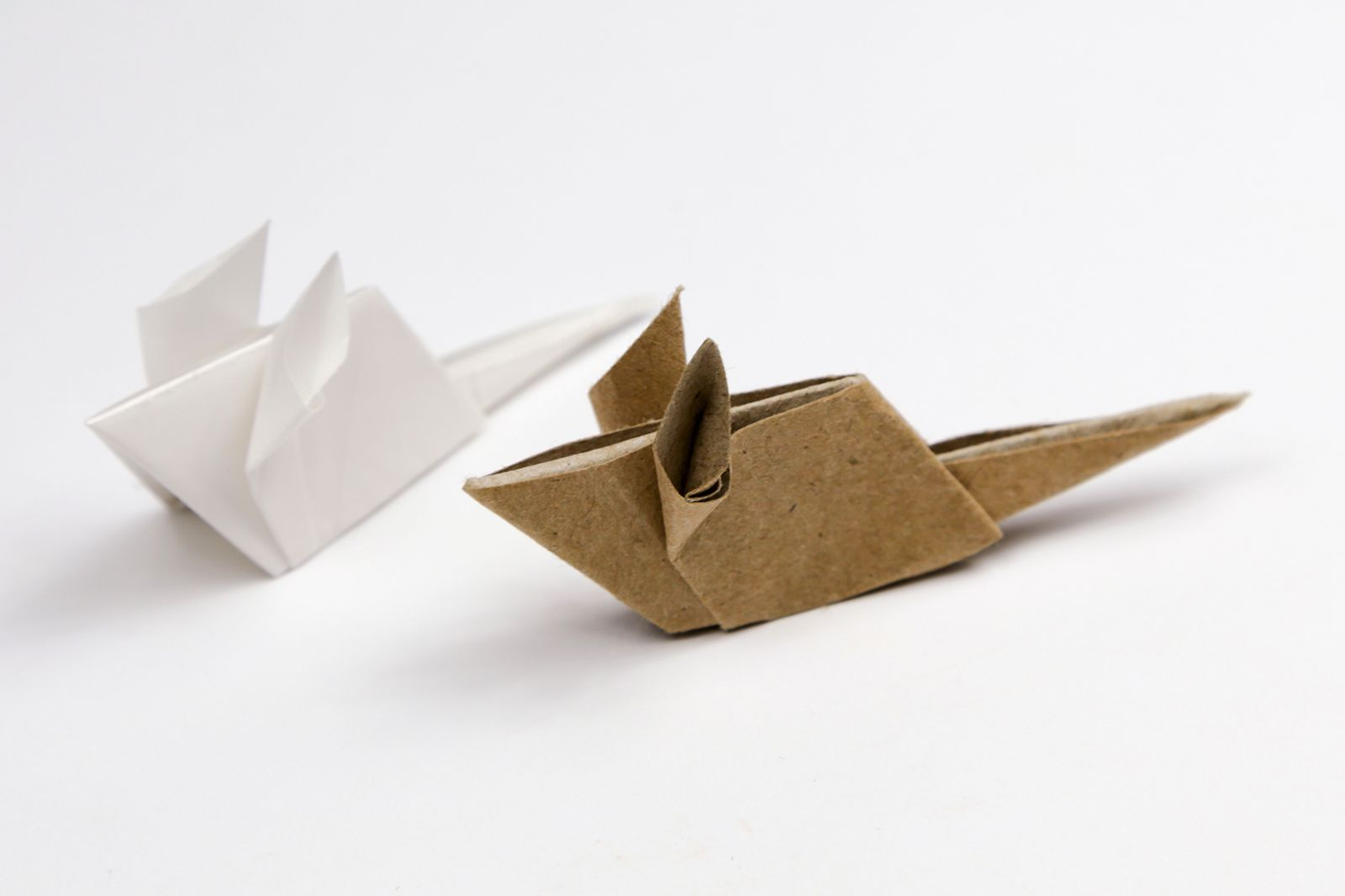origami mouse tutorial brown and white