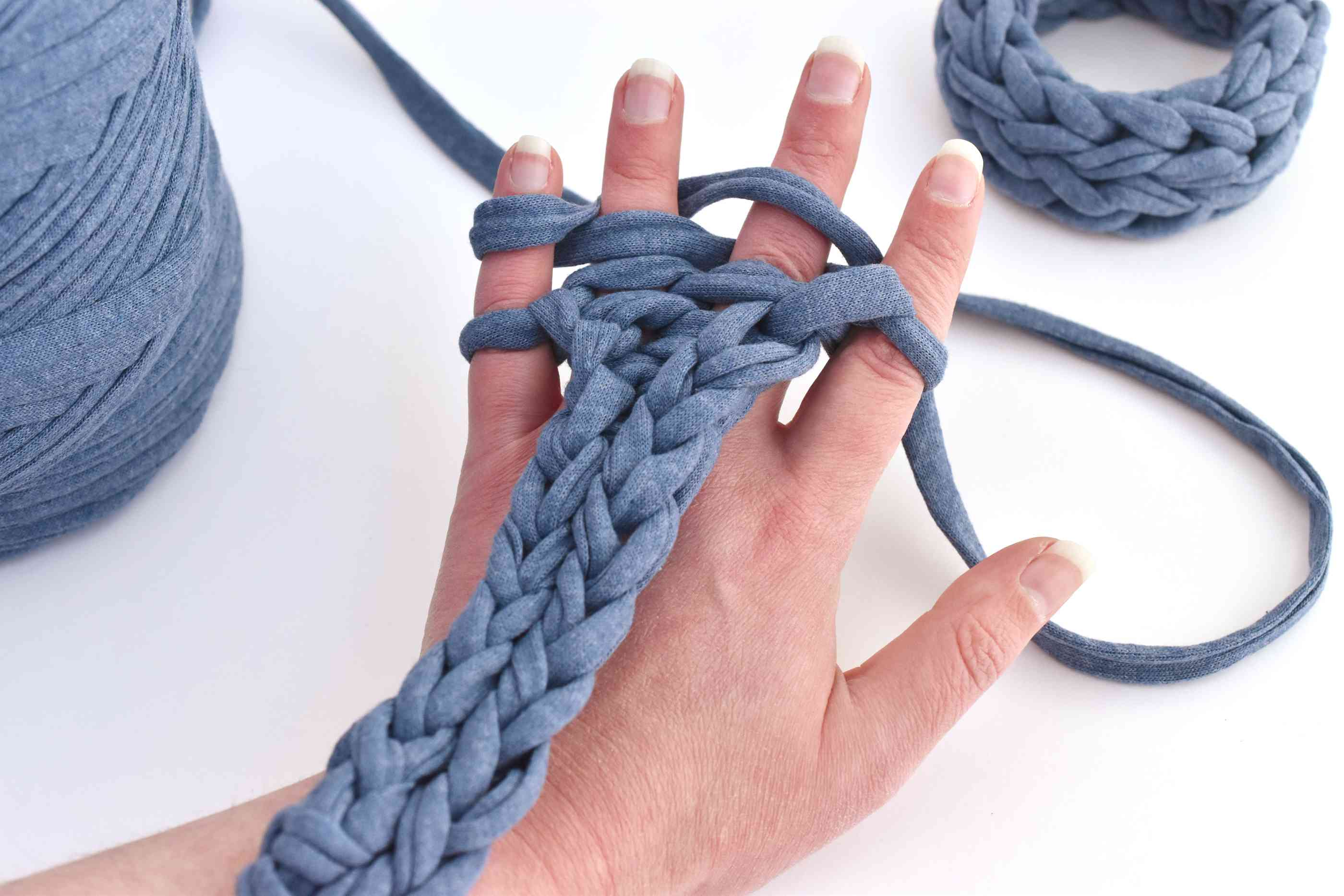 How to Knit on Your Fingers