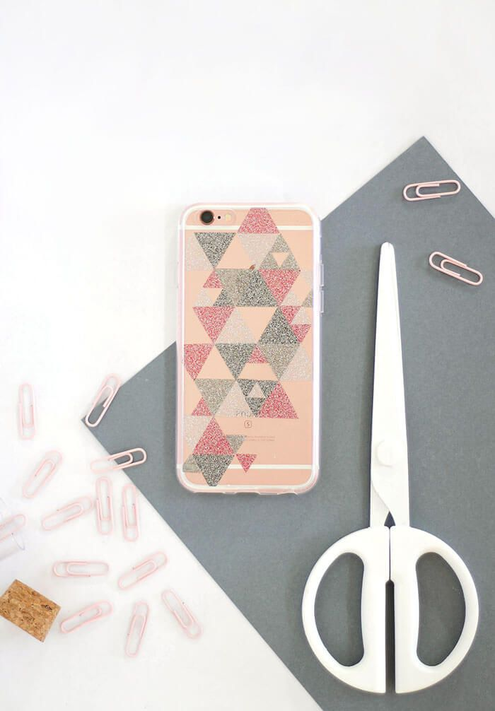 timeless design ecaf2 04cc4 10 DIY Phone Case Ideas