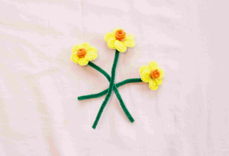 Three pipe cleaner daffodils