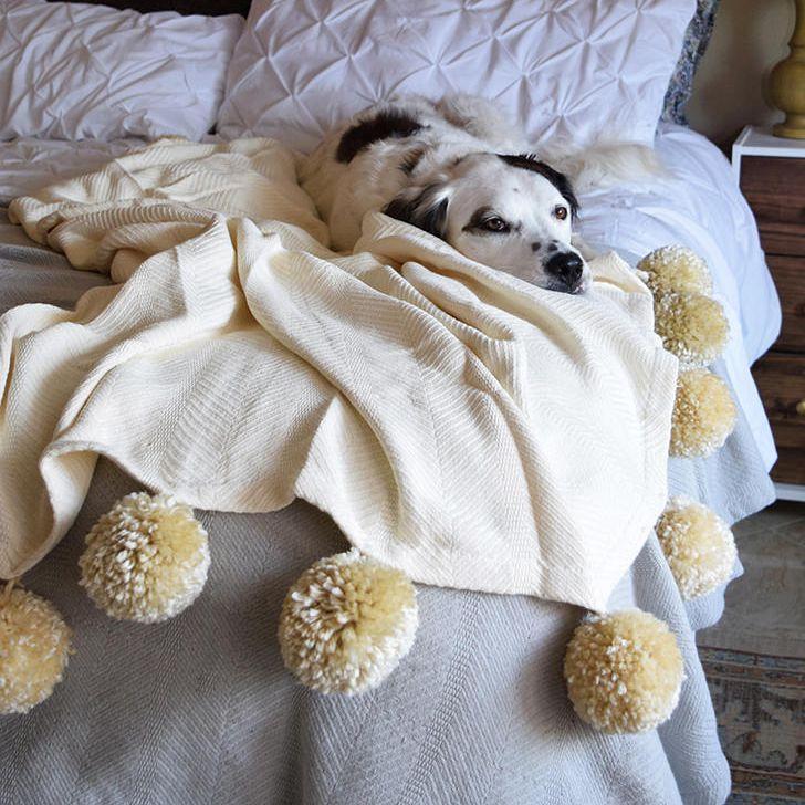 diy pom pom throw blanket