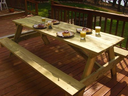 Woodworking Plans For A Large Picnic Table - Large outdoor picnic table