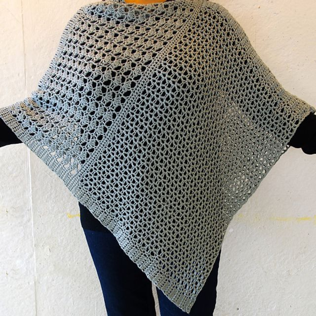 21 Free Crochet Poncho Patterns