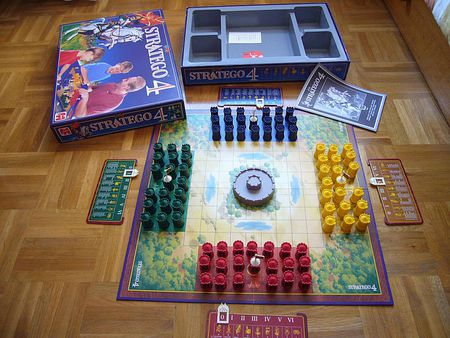 stratego flag placement strategy