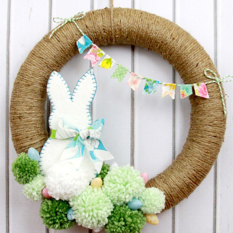 DIY Pom Pom Easter Wreath