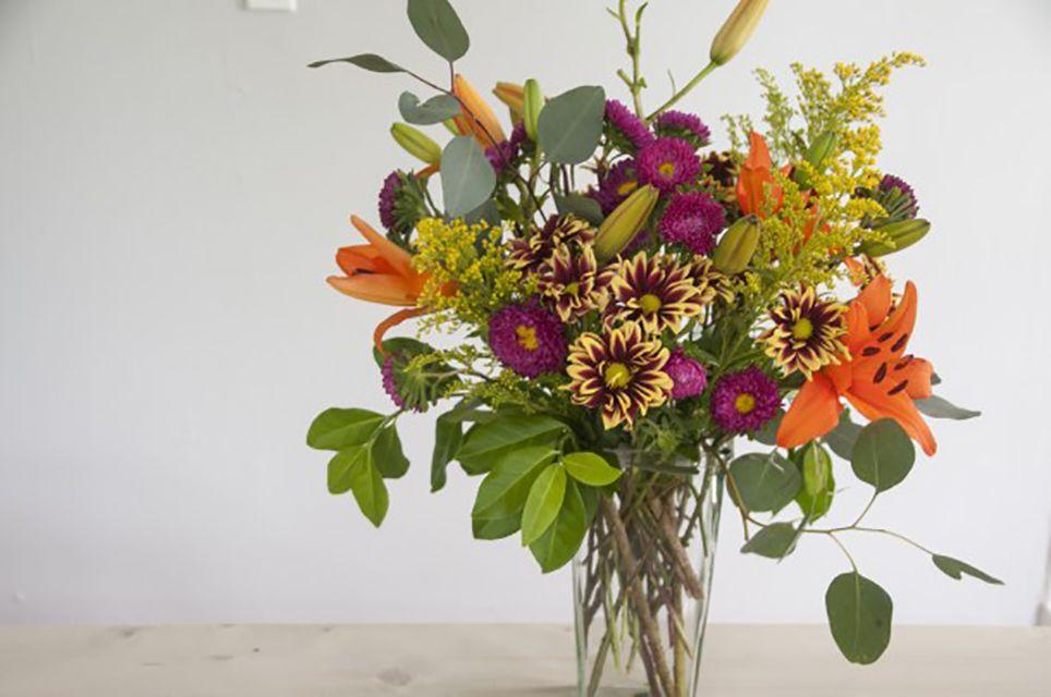 how to make a full flower arrangement