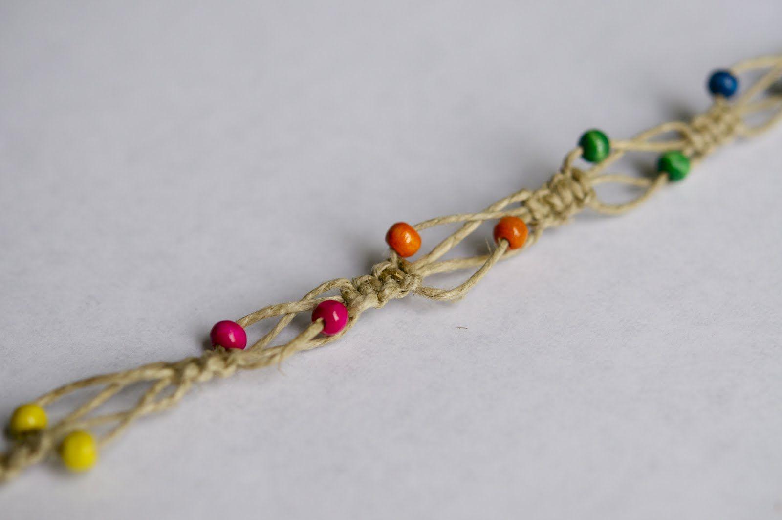 a0b872019a2ca 10 Simple DIY Hemp Bracelet Patterns You Have to Try