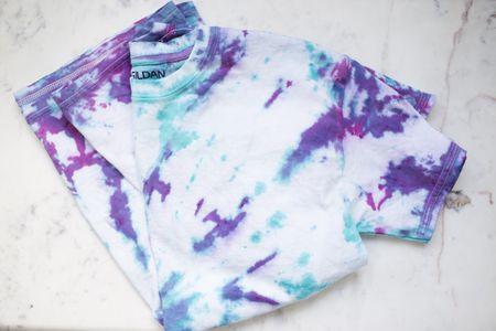fa67073f5640 Make a Spiral Tie-Dye T-Shirt