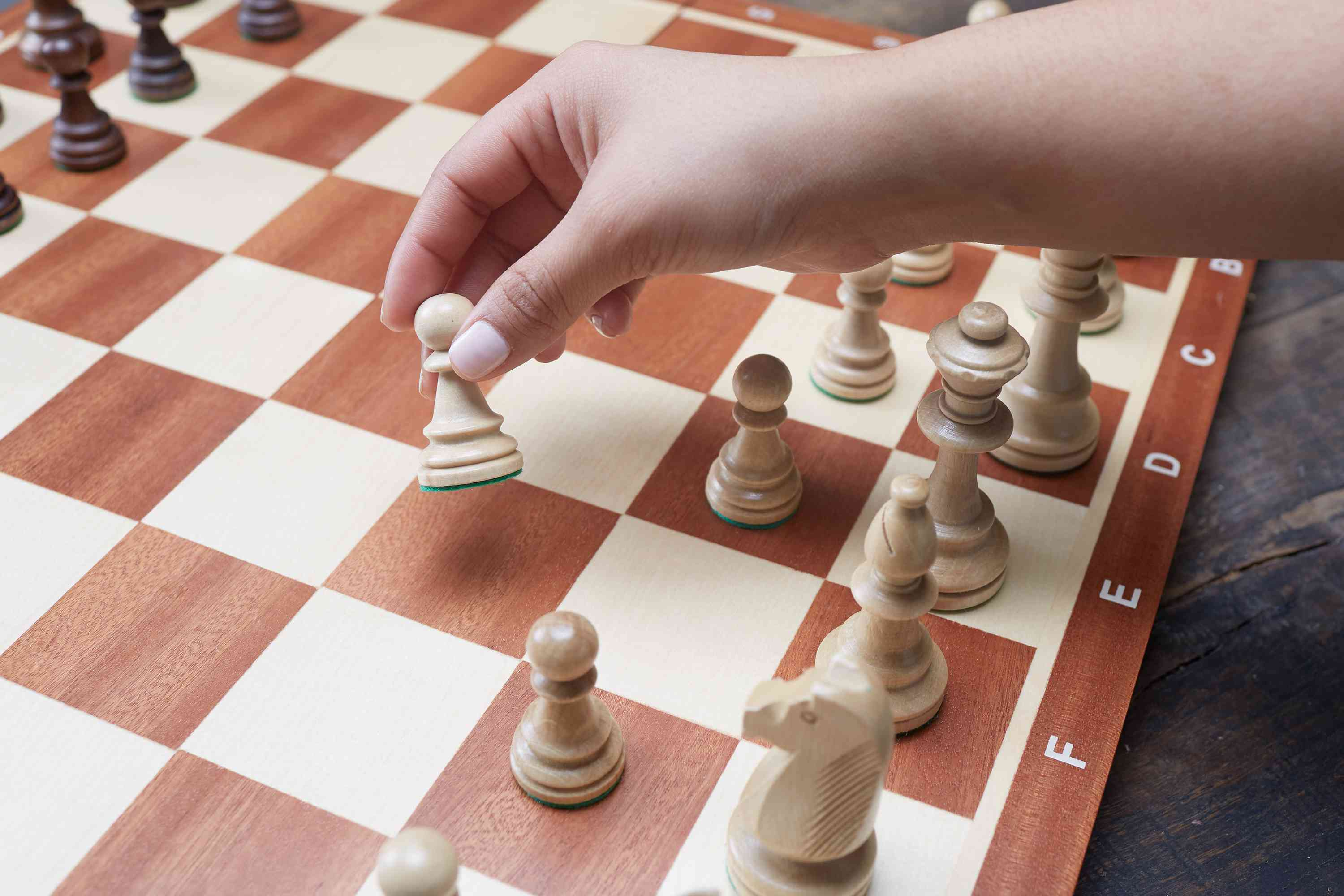 white goes first in a game of chess