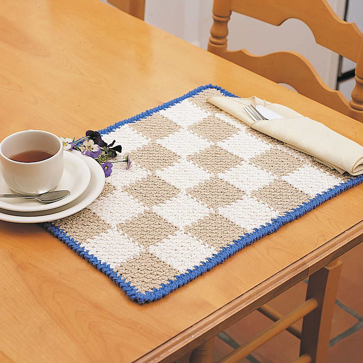 Crochet Checkerboard Placemat Pattern