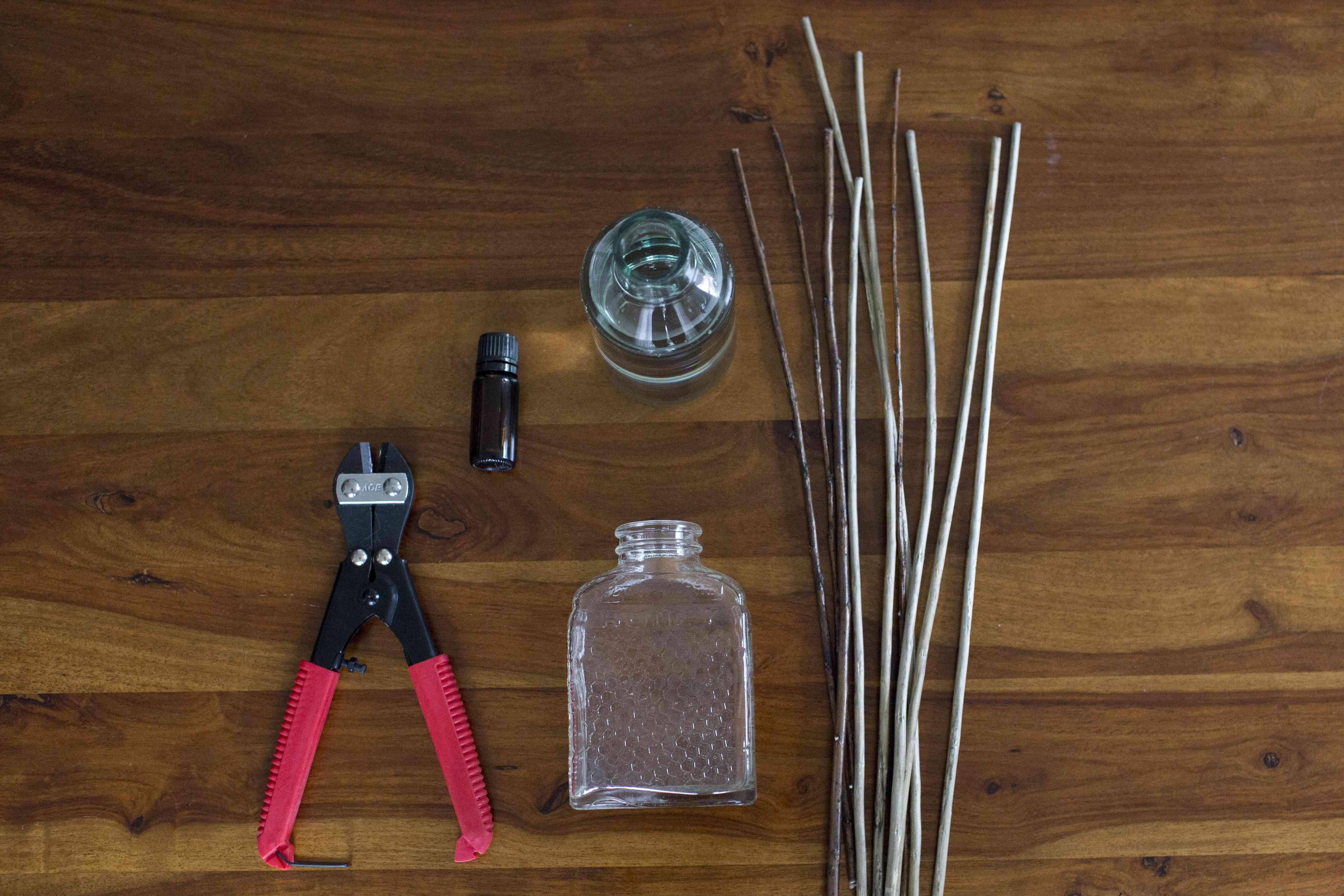 The supplies to make a DIY diffuser.