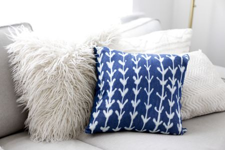 how to make a patterned pillow cover - How To Make A Pillow Cover