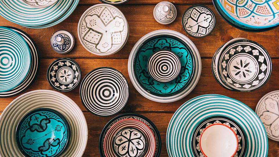 Beautiful brushwork ideas for ceramics
