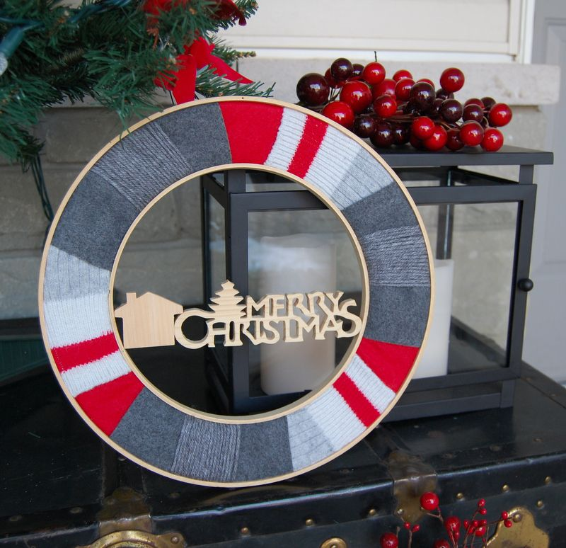 DIY Warm Socks Christmas Wreath