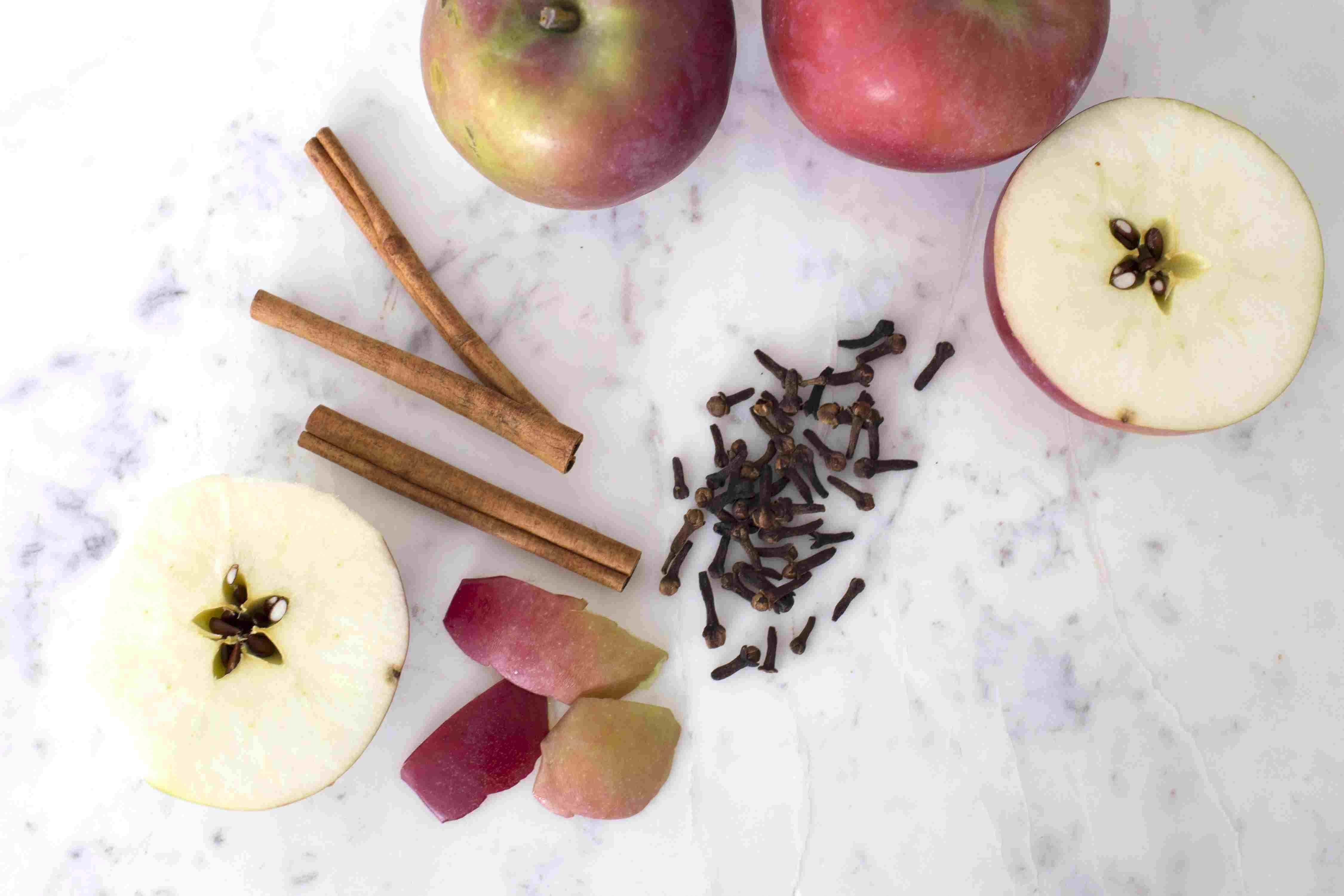 Apple Cider Simmering Pot