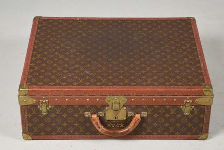 The Value of Vintage Louis Vuitton Luggage 0d0da3a0fb0c