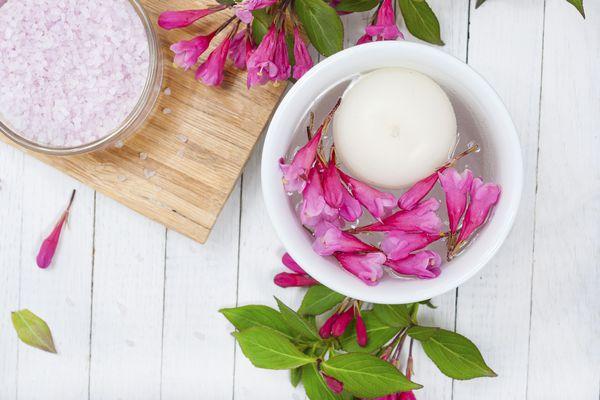 Bath salt and candle