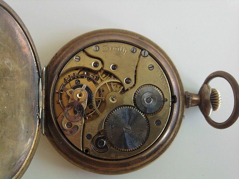 Zenith pocket watch inside