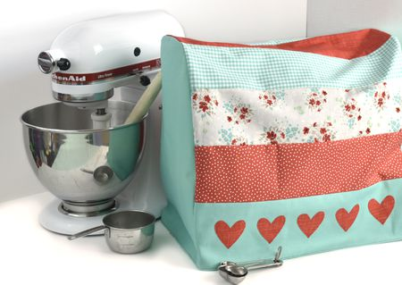Free Sewing Pattern for a Reversible Stand Mixer Cover
