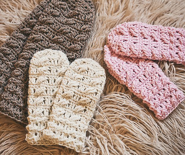 Cable Mittens Crochet Pattern