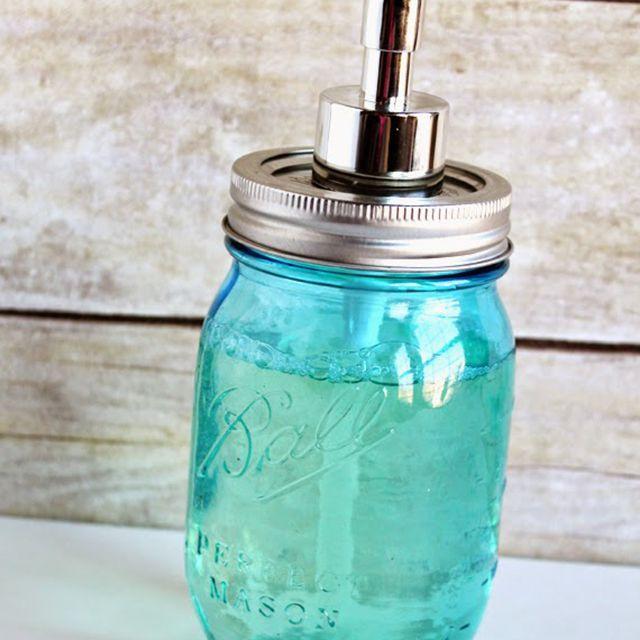 Bathroom diy decor ideas - soap pump