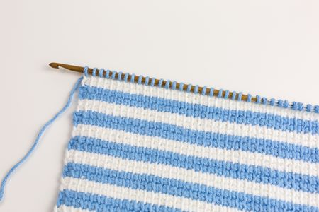 Guide To Tunisian Crochet Hooks