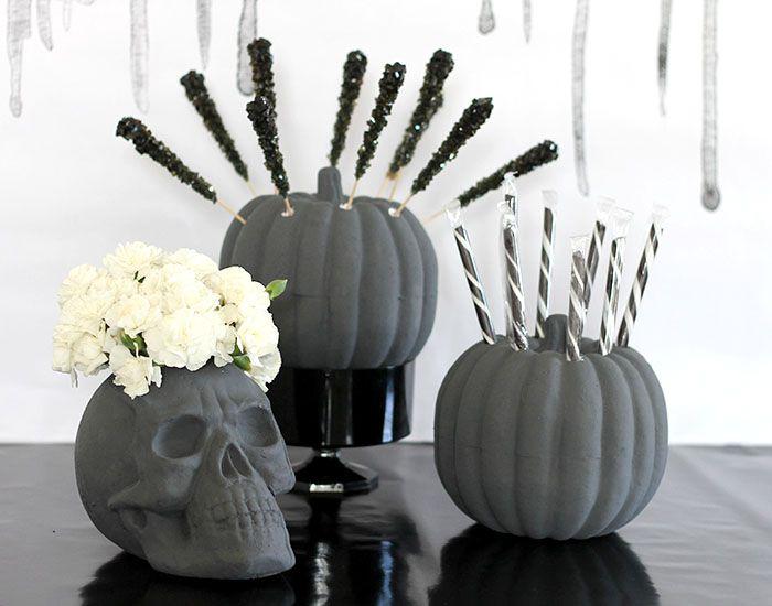 DIY Skull Flower Vase