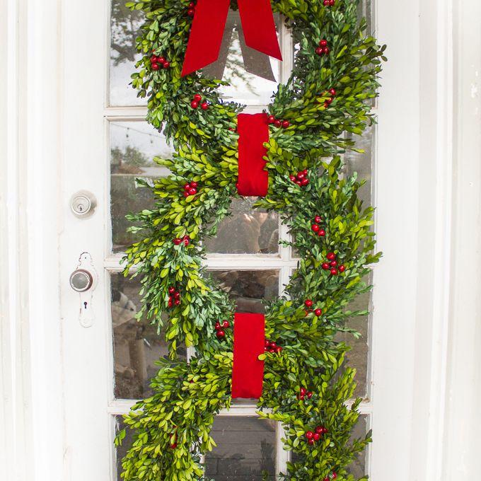 36 Christmas Wreaths You Can Diy