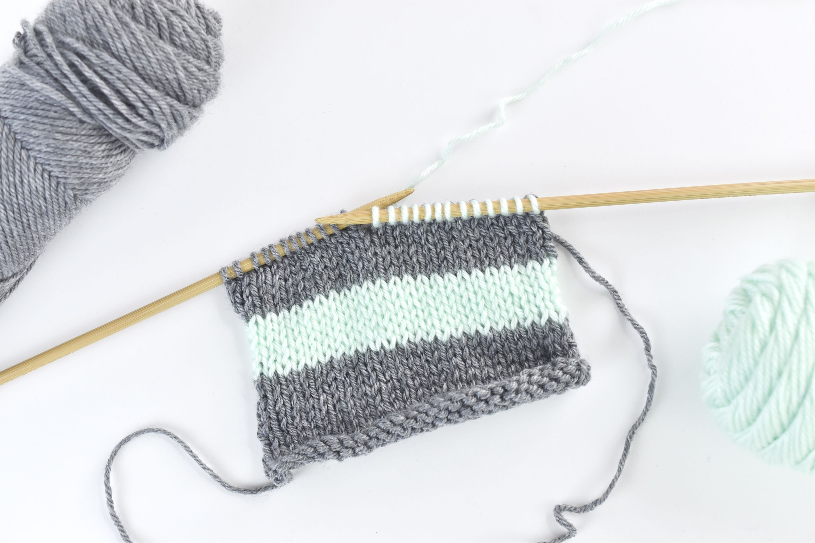 Changing Colors When Knitting Stripes