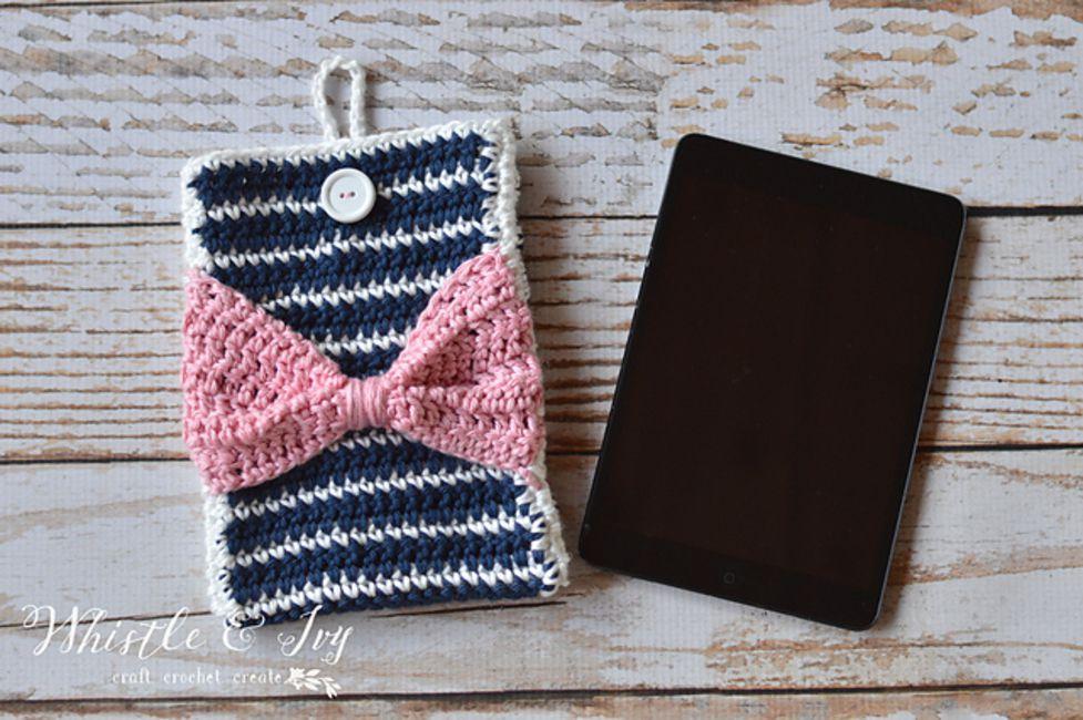 Striped Crochet Pouch Free Pattern