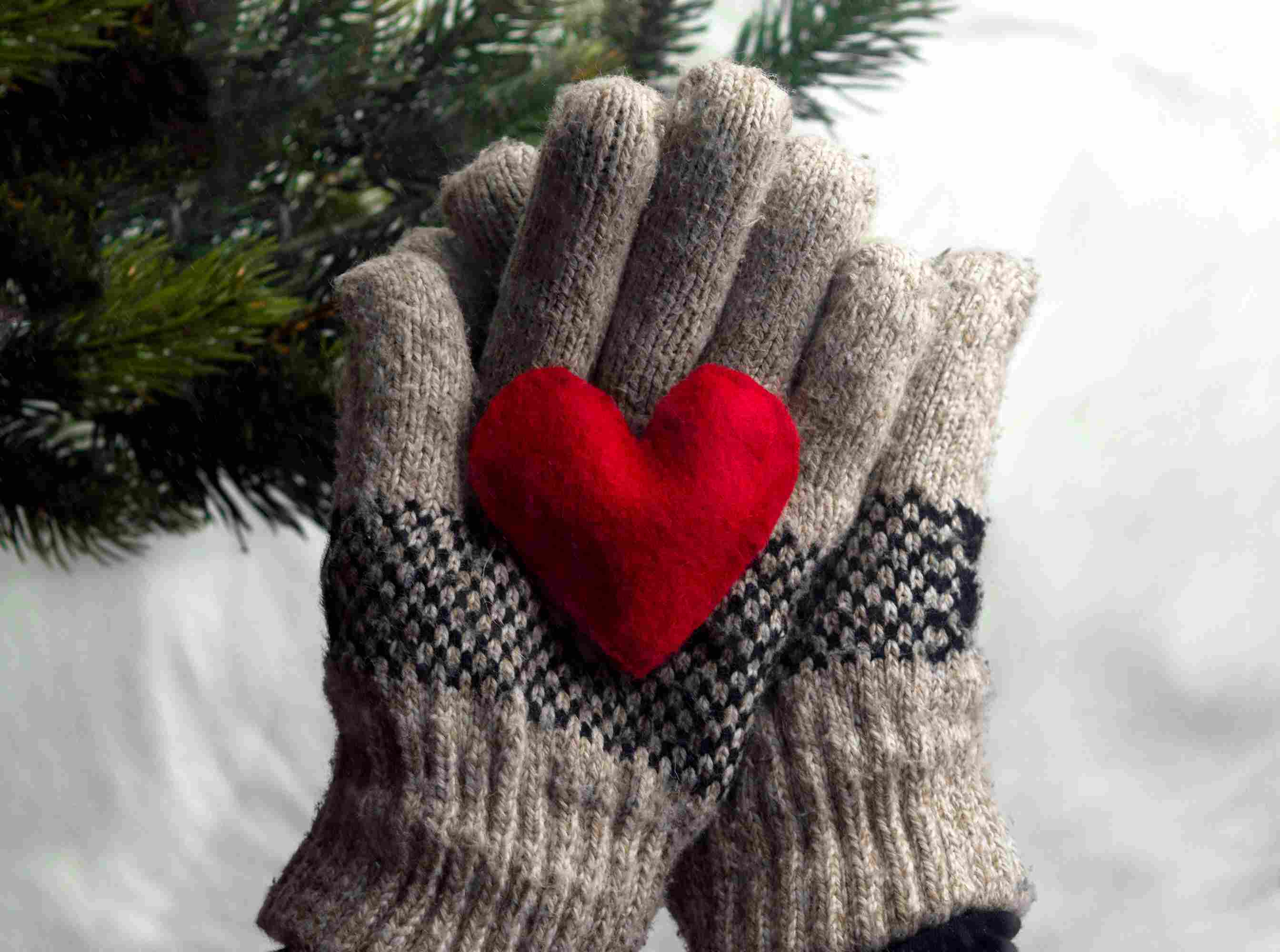 heart handwarmer