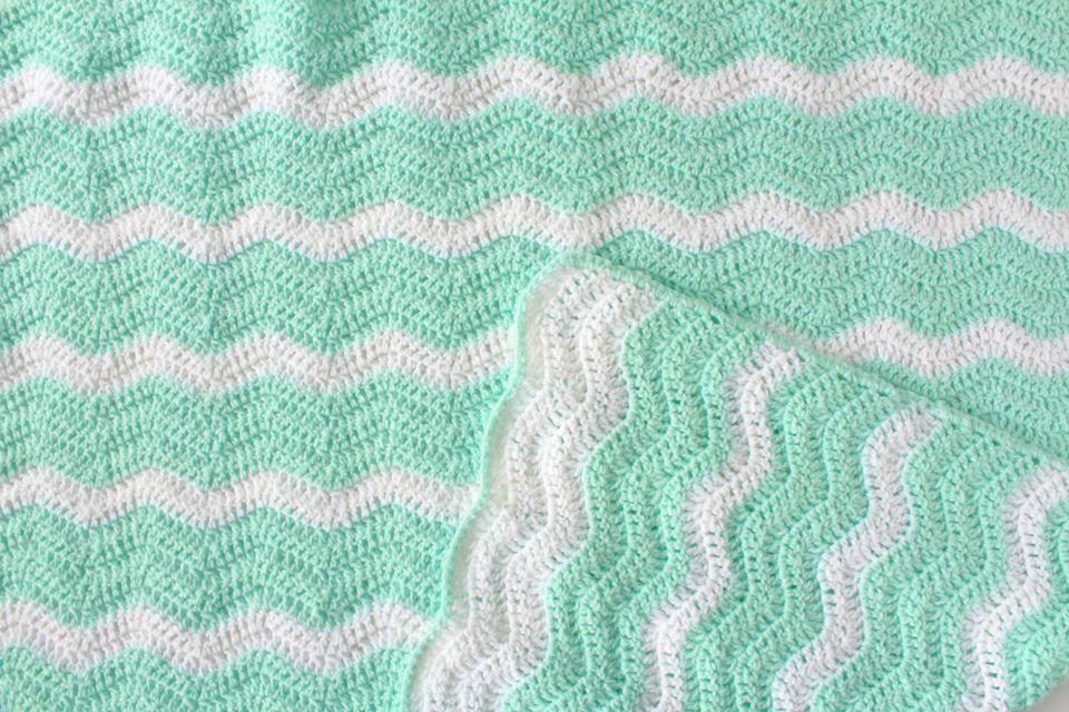Sumer Waves Ripple Afghan Free Crochet Pattern