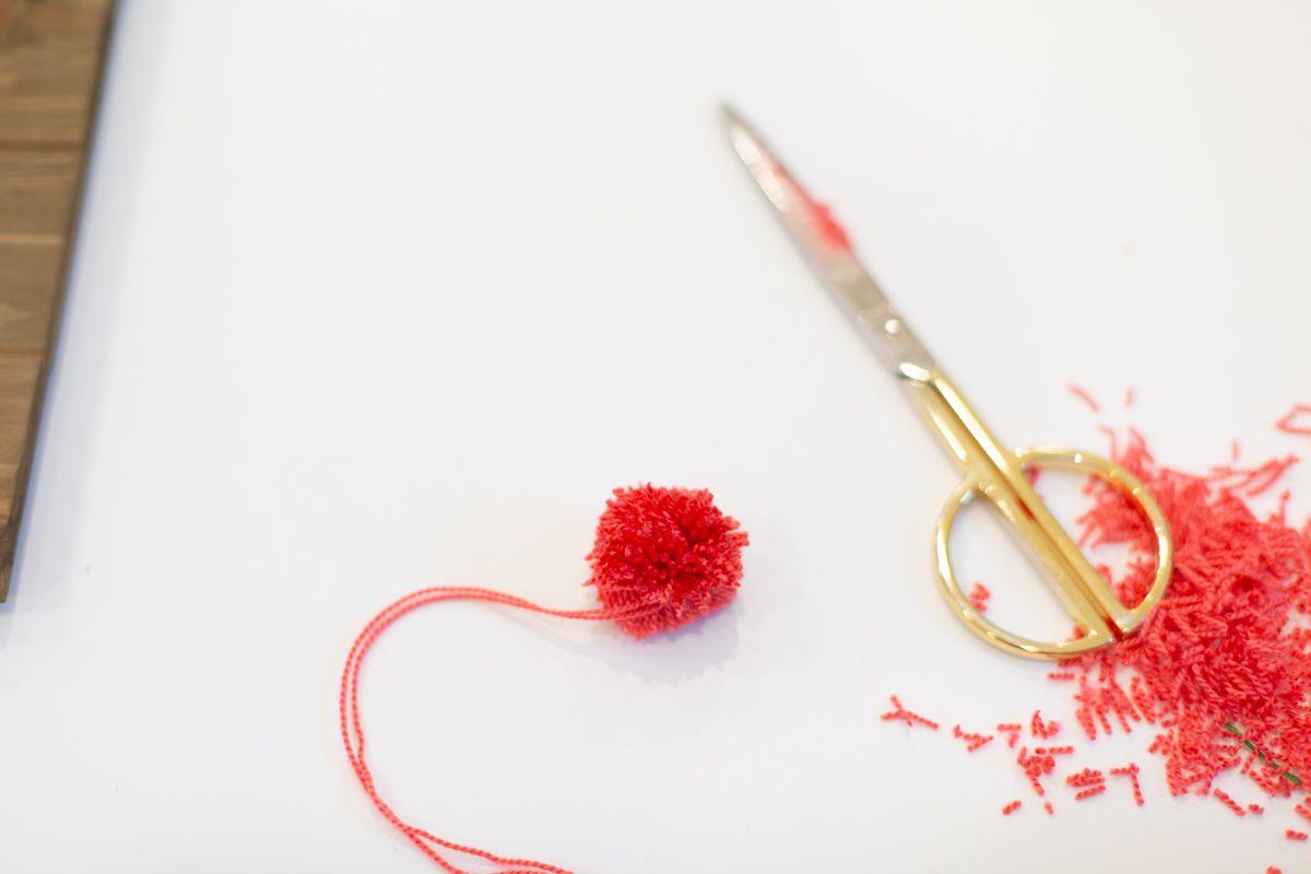 Trimming a Pom Pom to Create Cute Cactus String Art