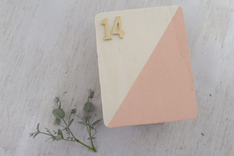 diy wedding table numbers and holders