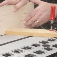 Using a featherboard on a table saw