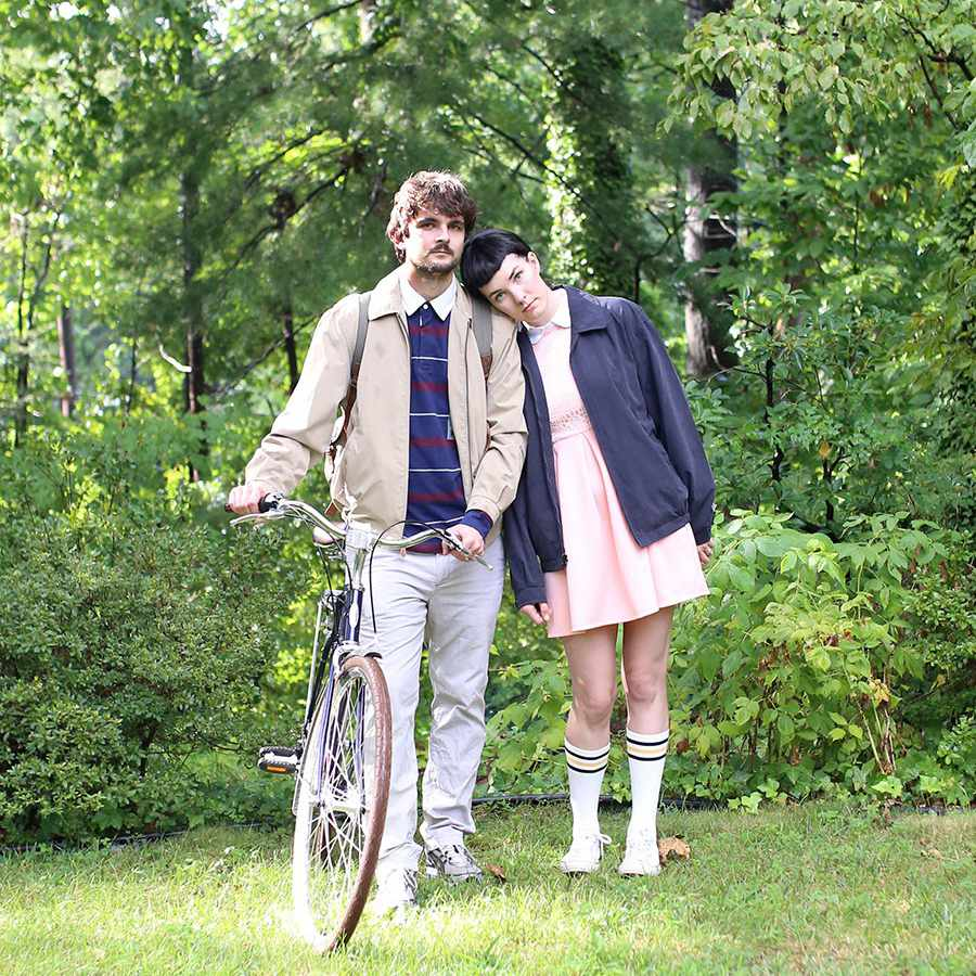 DIY Stranger Things couples costume