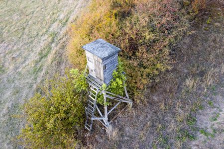04215bc65bd 11 Free Deer Stand Plans In a Variety of Sizes