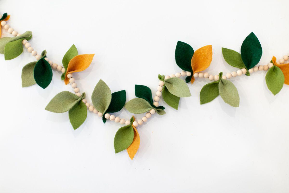 Felt leaf and wood bead Thanksgiving garland