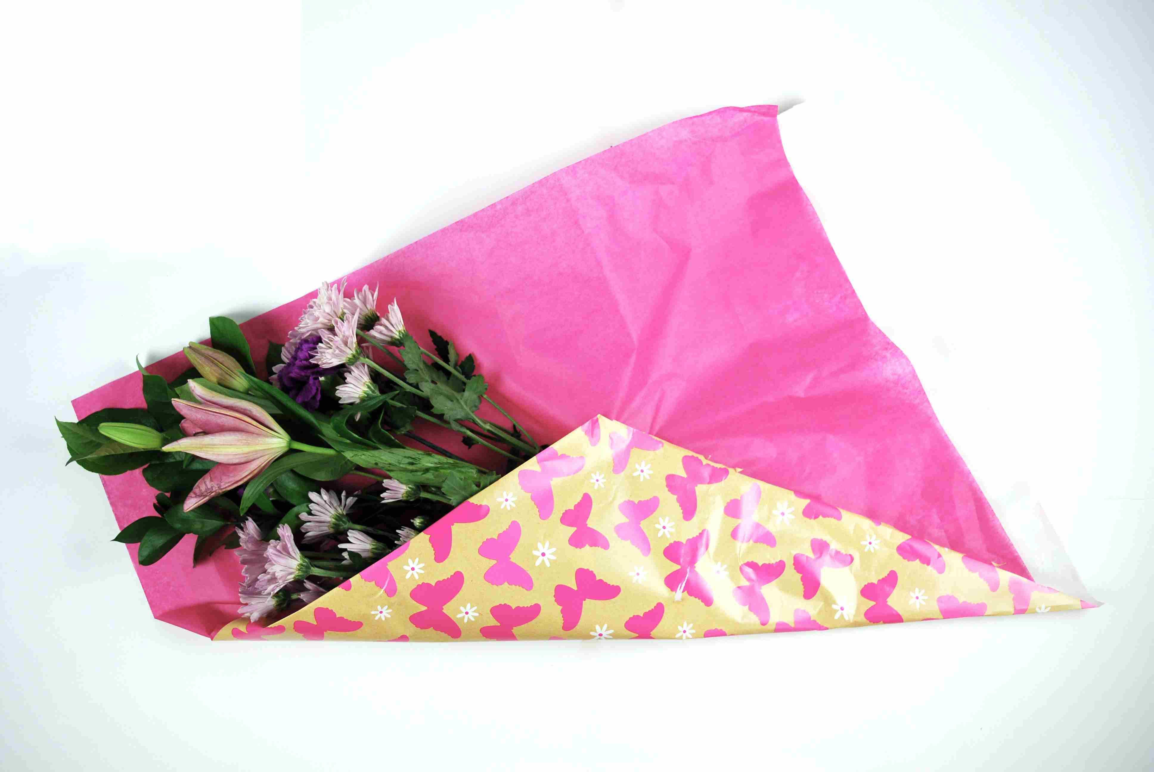How to gift wrap fresh flowers like a pro izmirmasajfo