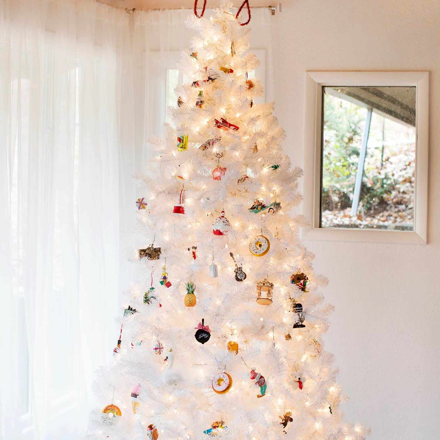 Fun Festive And Unique Diy Christmas Tree Toppers