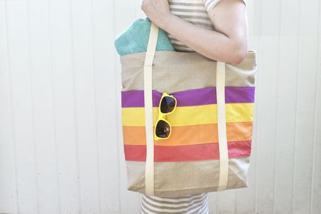 Sew a Large Tote Bag With Colorful Striped Pockets