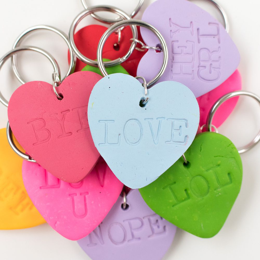1f8e5700b8 14 DIY Keychains That Make Great Gifts
