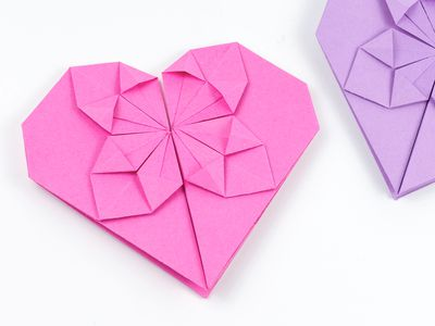 Origami heart box with lid instructions and diagram | 300x400