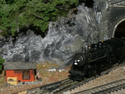 what to know about n scale model trains