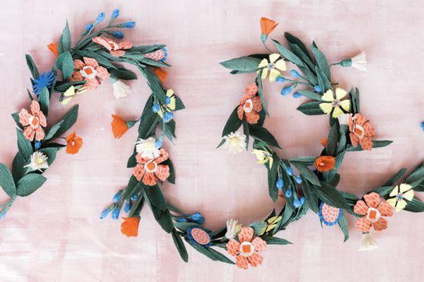 A diy garland made of summer flowers