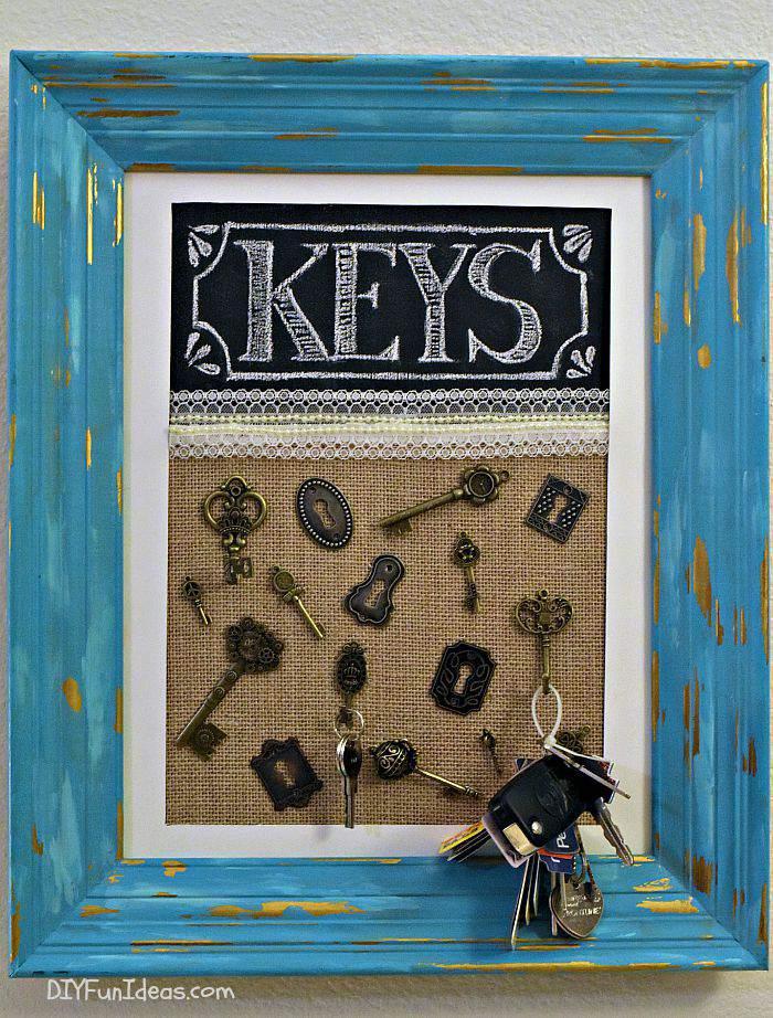 DIY frame crafts to hold your keys