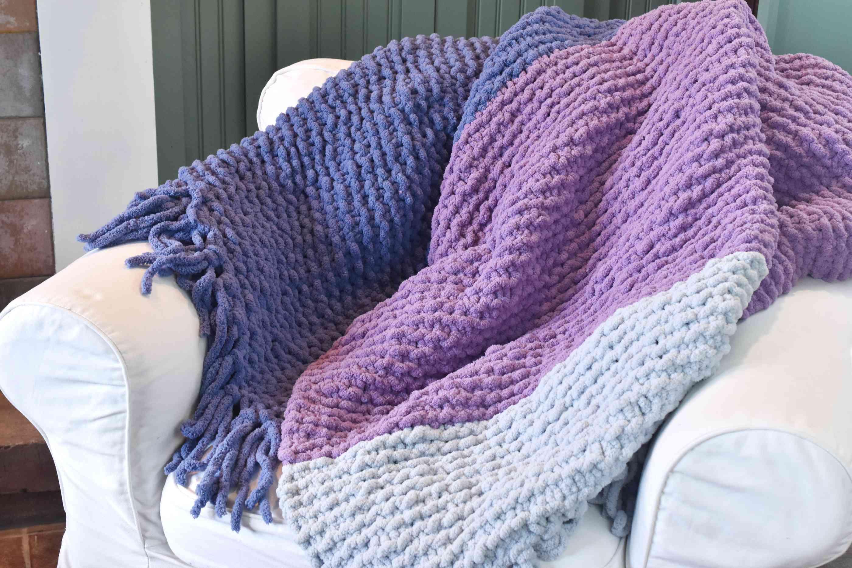 Jumbo Knitting Fringed Blanket