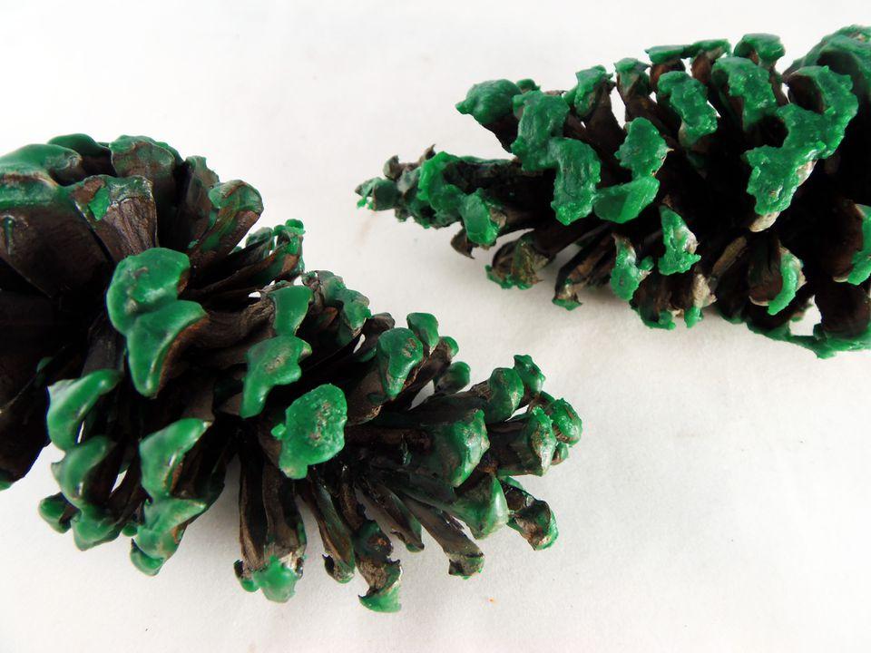 pine cone fire starters