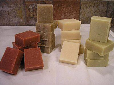 Melt and Pour Men's Shaving Soap Recipe