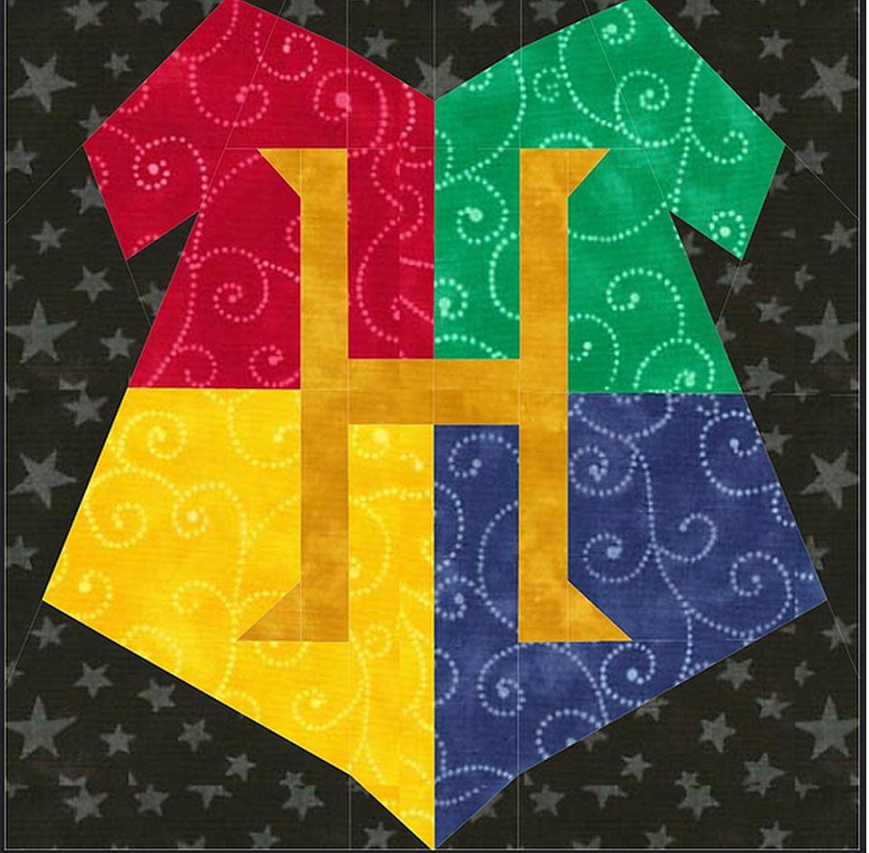 Hogwarts Crest Quilt Pattern